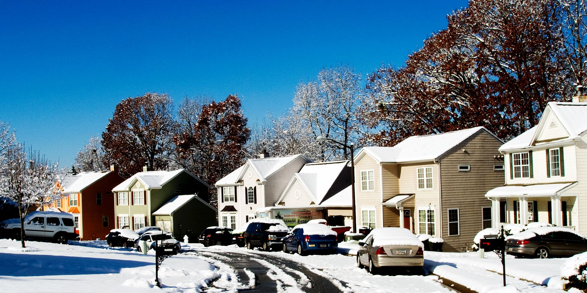 8 tips to protect your home when you go on vacation in the winter